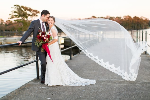 carly-charlie-wedding-blog-edenton-north-carolina-inner-banks-inn-72