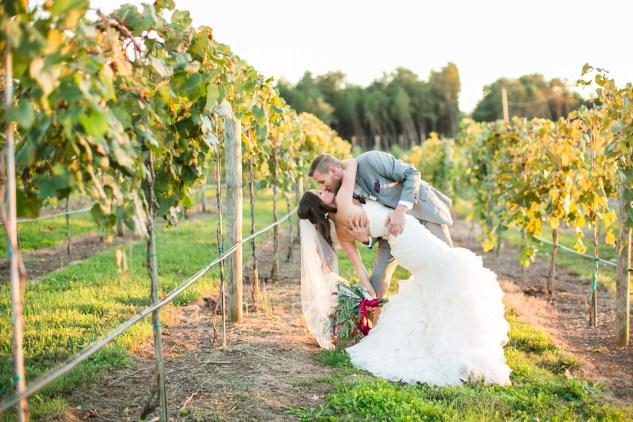 winery-bull-run-wedding-photo-amanda-hedgepeth-52
