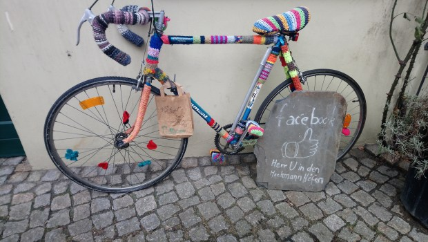 Herr U bicycle, Berlin, photo by Amanda Jane Textiles.JPG