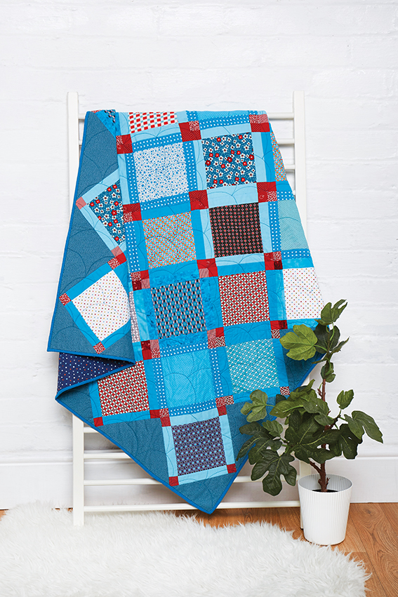 Caught napping quilt by Amanda Jane Ogden.jpg