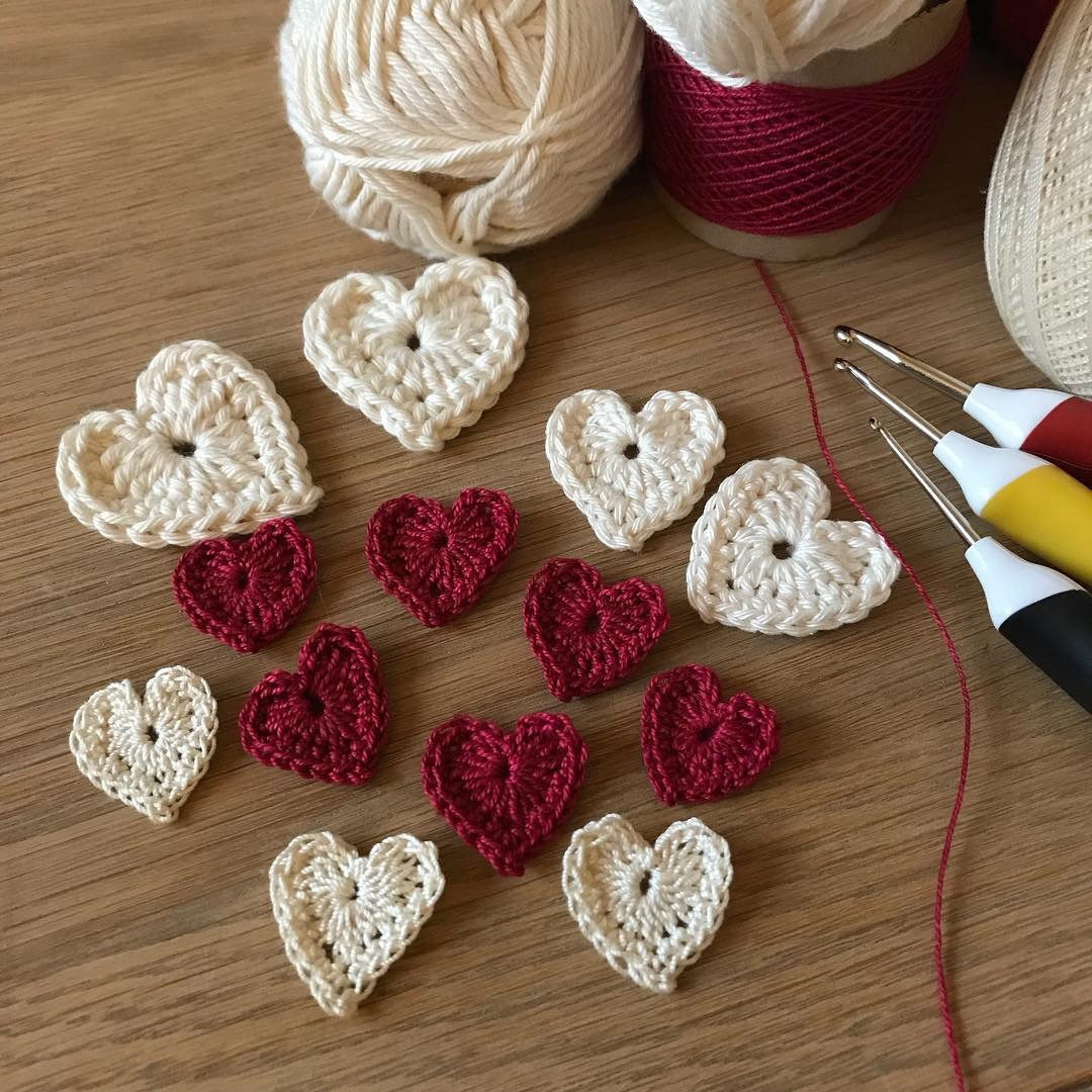 Crochet Heart Free Pattern – Amanda Jones Crochet