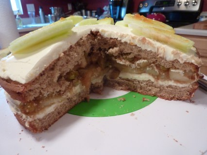 Cinnamon Apple Gateau