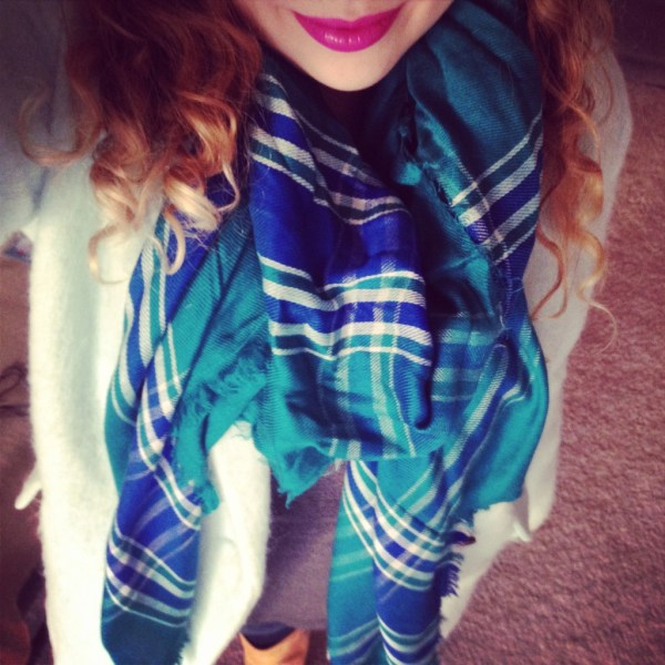Instagram Outfit Old Navy Scarf and Coat