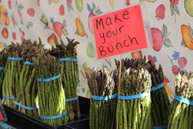farmers market asparagus