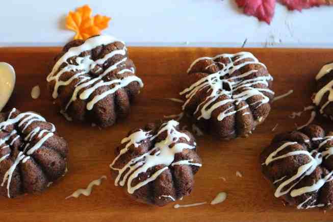 Pumpkin pecan muffins, pecan muffins, pumpkin muffins