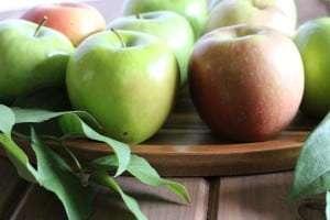 freshly picked apples, granny smith apple, fresh apples