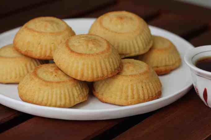 Maamoul Date Cookies