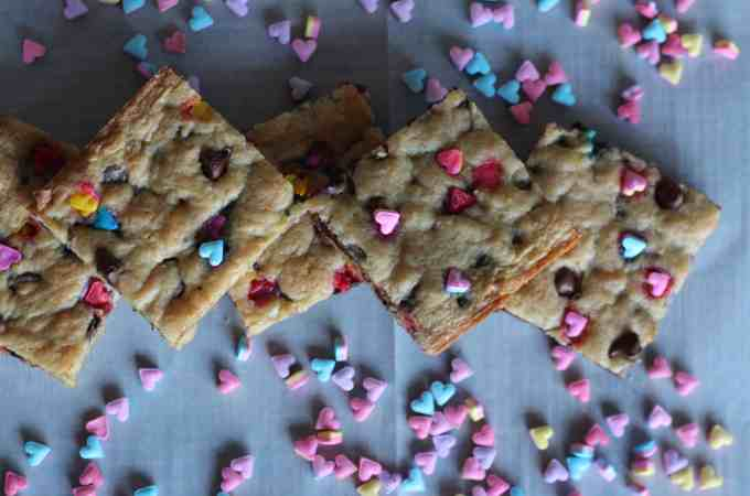 Easy Valentines Day Blondies