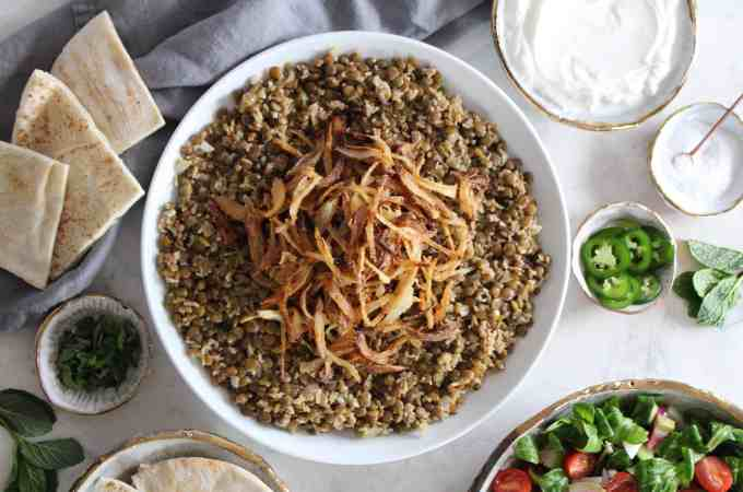 Mujadarra Ruz Lentils with Rice