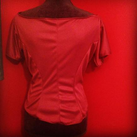 wearable muslin in tricot that looks like I live in the Black Lodge from Twin Peaks.