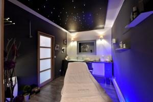 Cabine de soin bleu étoilée