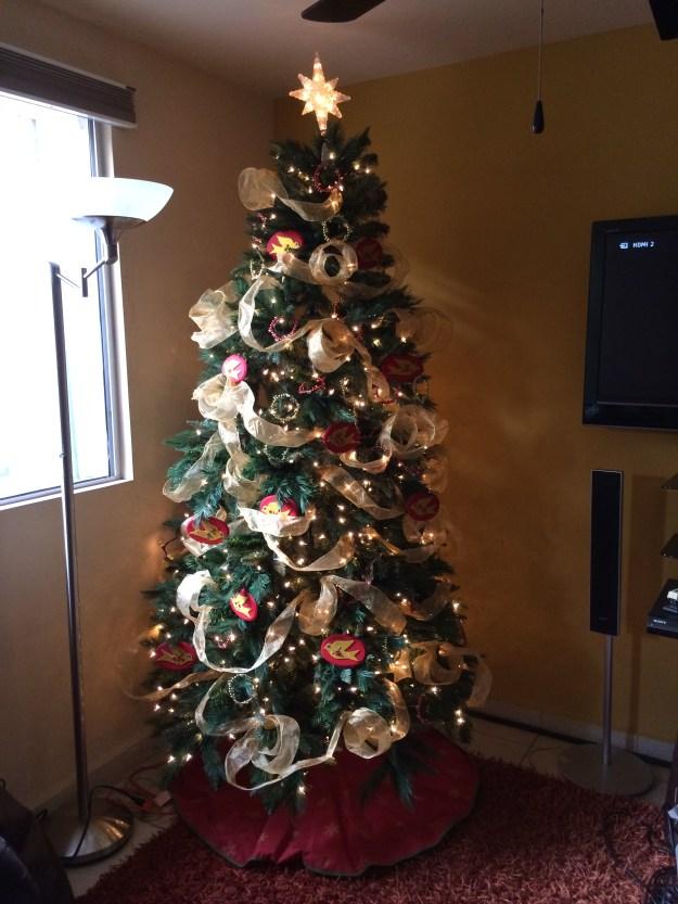 Dorado y rojo para Navidad