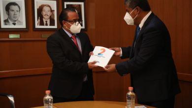 Photo of Alcalde de interino de Colón rinde segundo informe de actividades