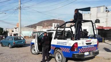 Photo of Por agredir a policías detienen a 4 personas en colonia Sagrado Corazón