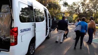 Photo of UAQ entrega camioneta a Sindicato de docentes