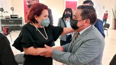 Photo of Celia Maya planteó propuestas ante el Consejo de Notarios