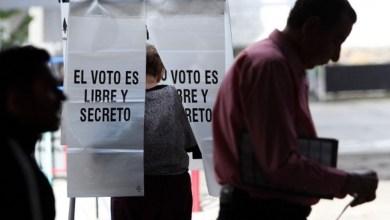 Photo of A menos de un mes de las elecciones, Morena sigue encabezando encuestas a gubernaturas