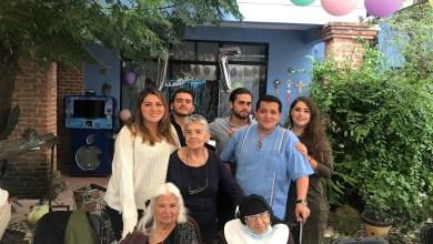 Photo of Celebran en gran banquete familiar a doña Celia Barrón