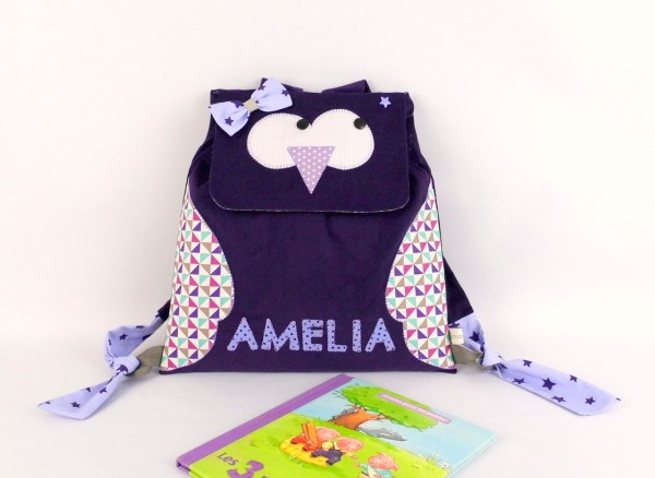 sac-a-dos-hibou-personnalisable-prenom-amelia-violet-mauve-ecole-maternelle-creche-sac-fille-chouette-brode-prenom-kindergarten-backpack-with-name
