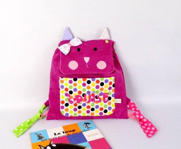 sac-a-dos-fille-personnalise-prenom-louise-ecole-maternelle-sac-chat-enfant-rose-multicolores