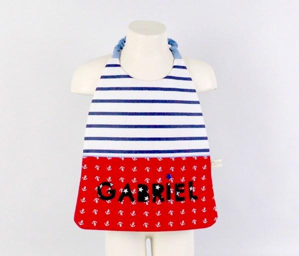 serviette-cantine-brode-prenom-gabriel-grand-bavoir-elastique-personnalise-ecole-maternelle-creche-nounou-big-baby-bib-preschool