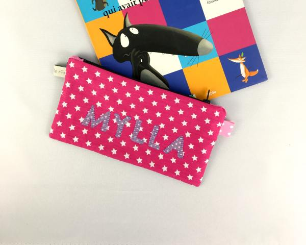 trousse-ecole-fille-personnalisee-prenom-mylla-rose-fuchsia-mauve-rentree-ecole-maternelle
