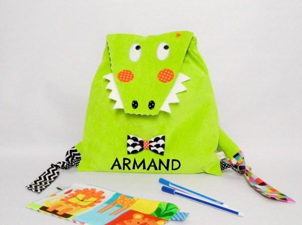 sac-enfant-bebe-brode-prenom-armand-sac-a-dos-maternelle-crocodile-amanite-rose-vert-noir