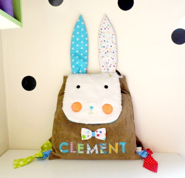 Sac-maternelle-lapin-garcon-personnalise-prenom-clement