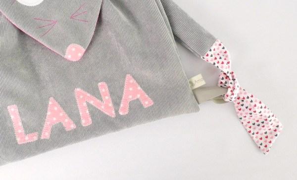 sac-bebe-creche-fille-prenom-lana-gris-rose-pale-sac-a-dos-maternelle-amanite-rose