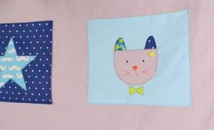 vide-poche-organisateur-lit-bebe-garcon-cadeau-naissance-bleu-gris-vert-marine