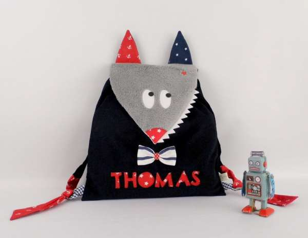 cartable-maternelle-loup-garcon-personnalise-prenom-thomas-bleu-marine-rouge-kindergarten-backpack-preschool-kids-wolf-with-name