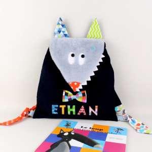 sac-a-dos-loup-personnalise-ethan-sac-bebe-creche-ecole-maternelle-cadeau-naissance-bapteme-personnalisable