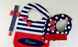 bavoir-personnalise-prenom-fille-style-marin-bleu-rouge-cadeau-naissance-personnalise
