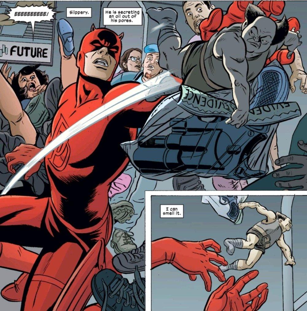 A little man outruns Daredevil
