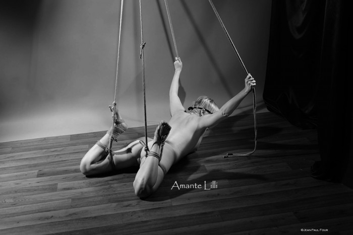 AmanteLilli-bondage-autosuspension-shibari-jean-paul-four-lyon-08