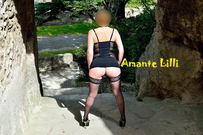 AmanteLilli-exhibe-lingerie-Casmir-Harriet-dans-la-rue-21