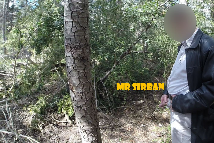 MrSirban-pisse-en-forêt-02