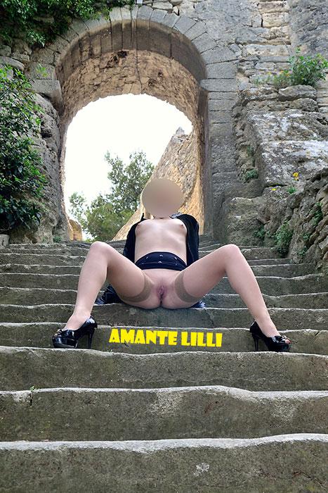 amantelilli-exhibe-rue-coquine-02
