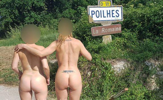 Nues entre filles canal du midi à Poil à Poilhes avec ElysaExhib et AmanteLilli