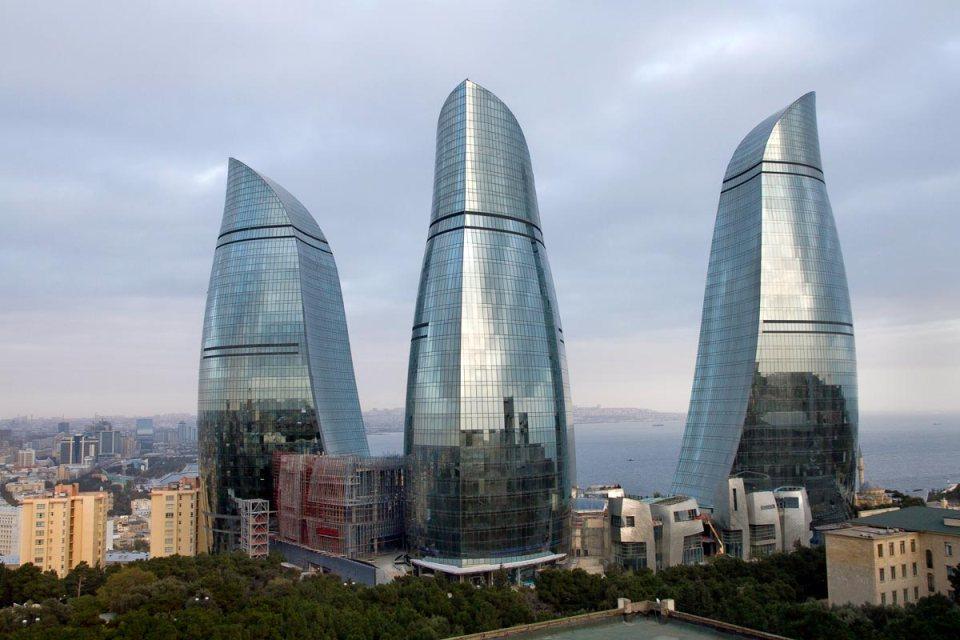 Flame Towers - Bakú