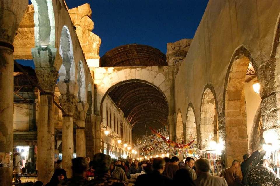 Mercado em Damasco (antes do conflito)