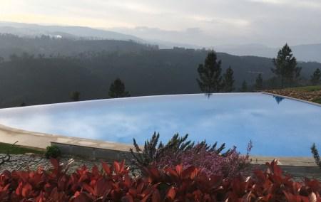 Melhores hotéis com piscina em Portugal