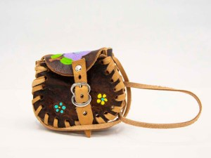 handmade-mexican-artisanal-hand-tooled-leather-girls-handbag-036