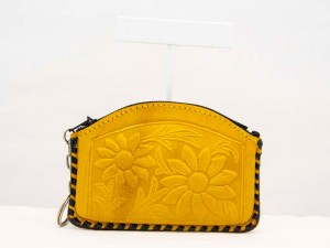 handmade-mexican-artisanal-tooled-leather-coin-purse-pouch-044