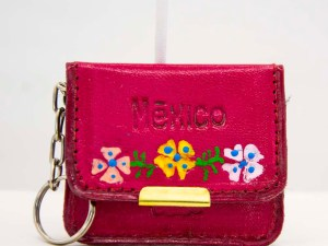 handmade-mexican-artisanal-tooled-leather-coin-purse-pouch-with-mirror-029