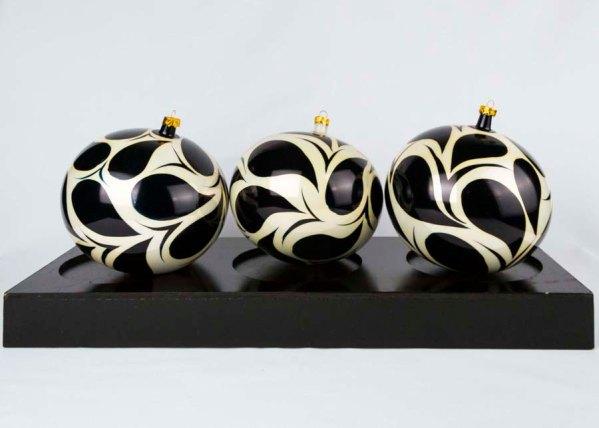 hand-made-blown-glass-christmas-balls-ornaments-033
