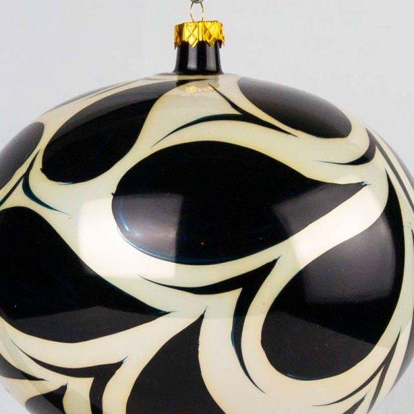 hand-made-blown-glass-christmas-balls-ornaments-052