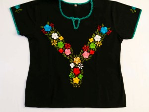 traditional-embroidered-mexican-blouse-003