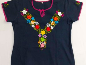 traditional-embroidered-mexican-blouse-040