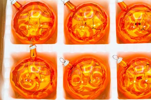 hand-blown-christmas-glass-balls-ornaments-054